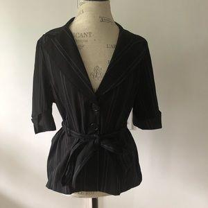 🐰 Black Stripe Button Up Blazer